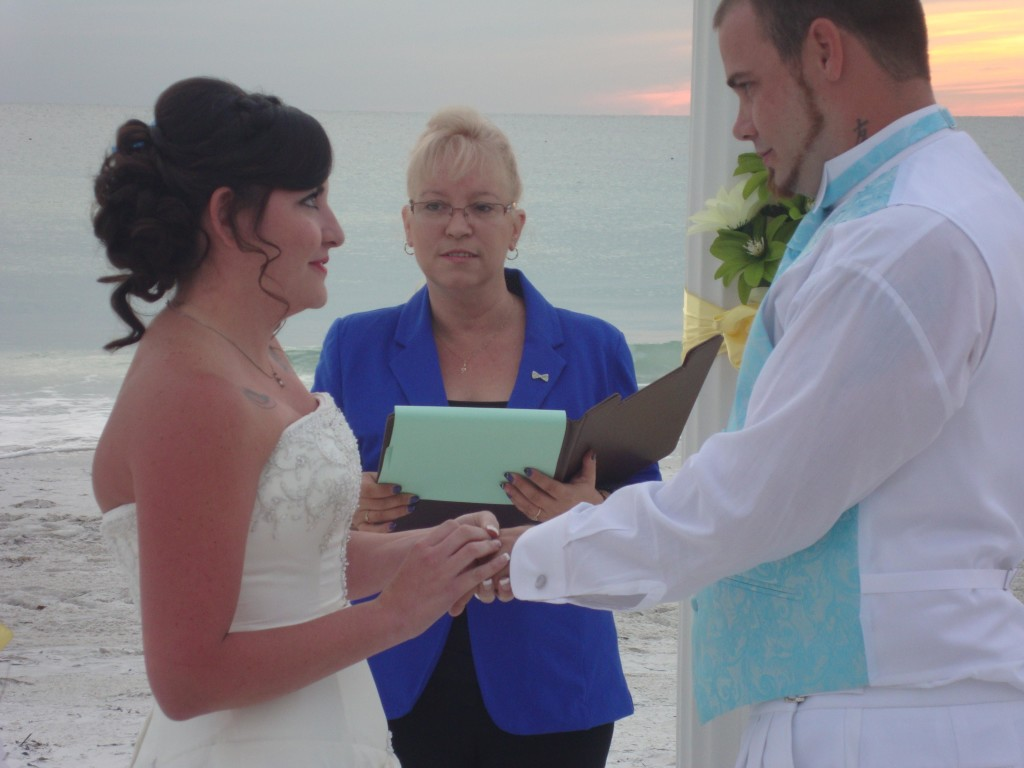 Wedding Officiant - K.I.S.S. Weddings